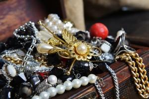 Wooden treasure ches